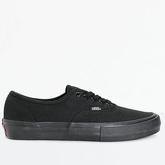 2e8a709495 New Vans Authentic Pro Mono Skate Shoes Men s Sz 8.  M 5b9aa812e944ba9e024c5756